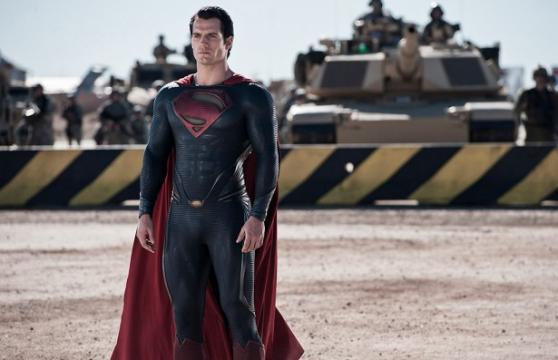 Man-Of-Steel-el-renacer-de-Superman-mivideoteca